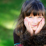 Autumn portrait of pretty little girl — Stock Photo