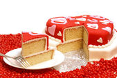 Hart gevormde cake — Stockfoto