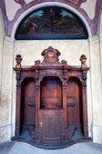 Ancien confessionnal en bois — Photo