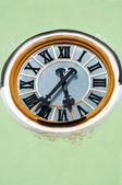 Церковные часы — Стоковое фото