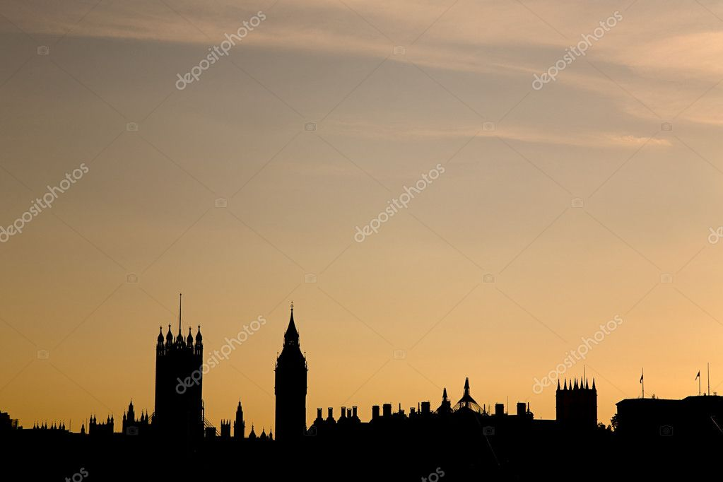 Silhouetted houses of parliament — Stock Photo #7036109