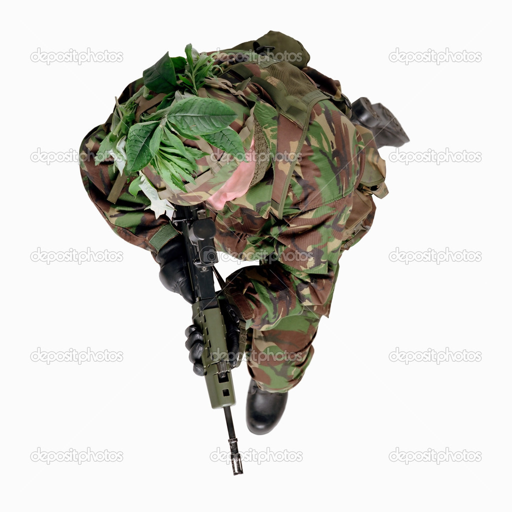 Soldier wearing camouflage — Stock Photo #7048502