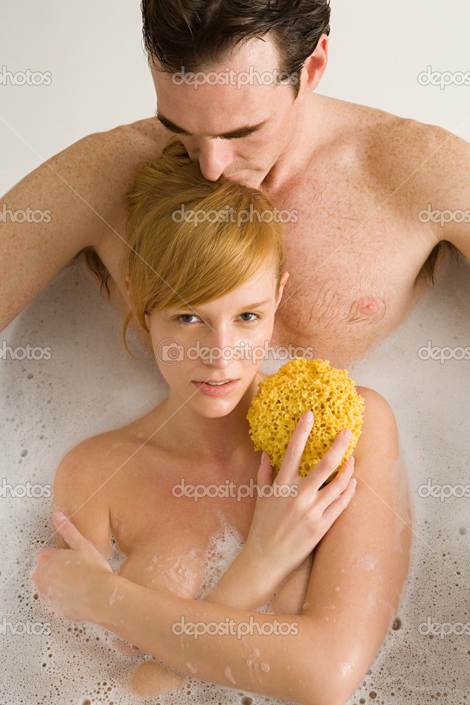 Couple sharing a bath — Stock Photo #7055220
