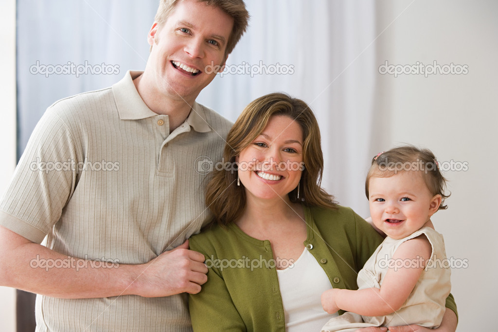 Happy family — Stock Photo #7061301