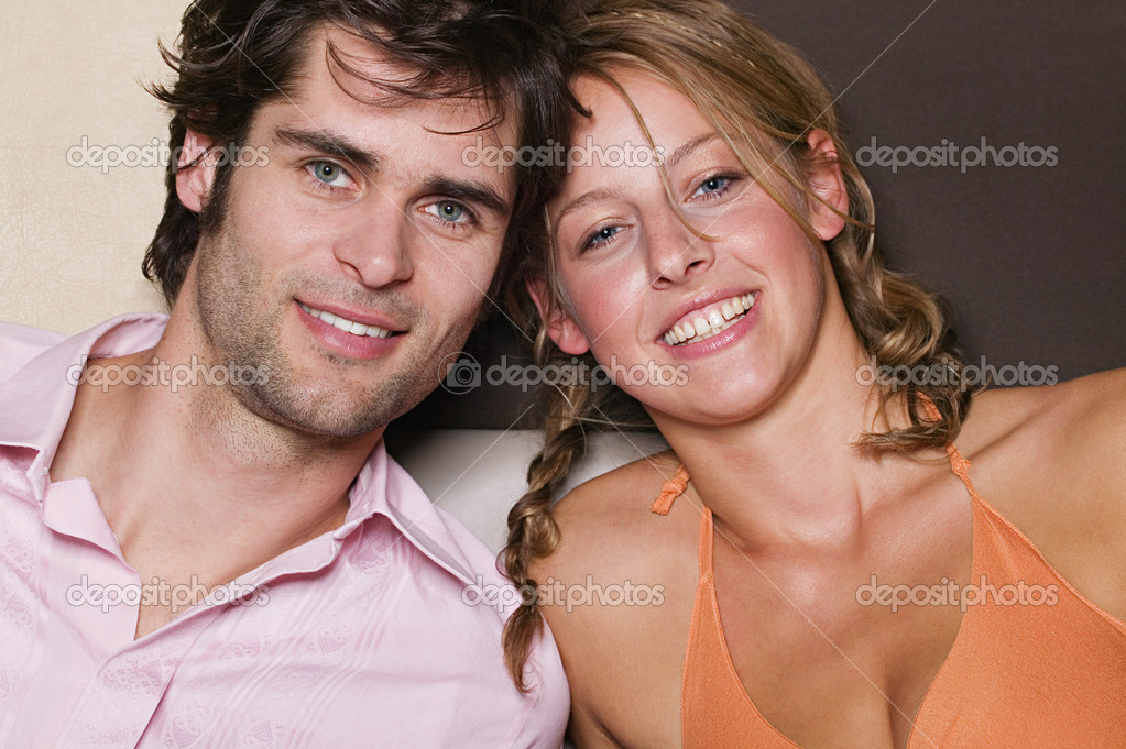Young couple — Stock Photo #7070219