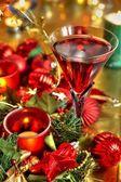 Closeup pf glas met rode wijn. — Stockfoto