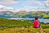 Female hiker overlooking Lake Windermere — Stock Photo