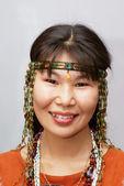 Beautiful chukchi woman in the folk dress — Stock Photo