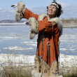 Dancing chukchi woman — Stock Photo