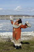 Dancing chukchi woman — Stockfoto