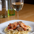 Shrimp Scampi with Linguine — Stock Photo