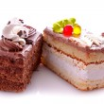 torte dolci isolati su bianco — Foto Stock