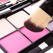 Brush and eye shadows — Stock Photo #6788578