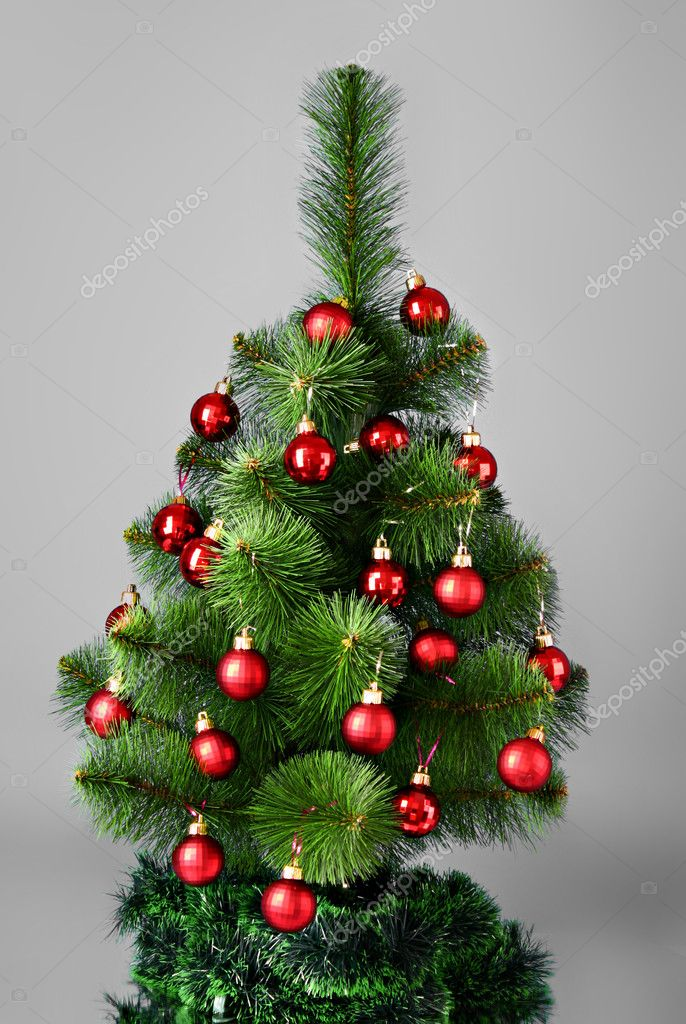 Christmas tree with glass red balls — Stock Photo #6786361