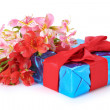 Beautiful gift and flowers - Stockfoto
