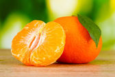 Juicy ripe tangerines with cloves — Foto Stock