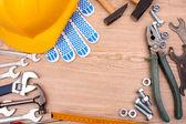 Narzędzia na powierzchni drewnianych — Zdjęcie stockowe
