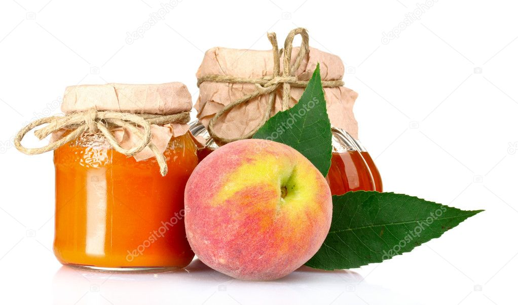 Tasty jam, juice and peach isolated on white — Stock Photo #6795426