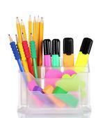 Brilhantes canetas, lápis e borrachas no suporte — Foto Stock