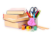 Фломастеры с мемо записку «я люблю школу» и книги на w — Стоковое фото