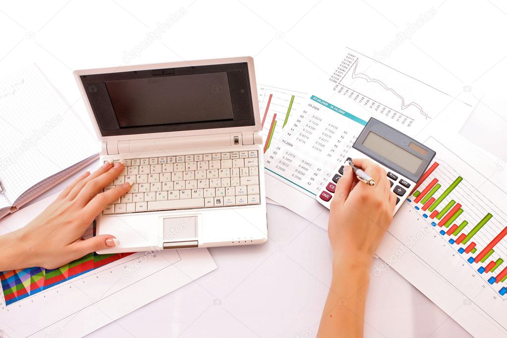 Calculation of financial growth and investment — Stock Photo #7289058