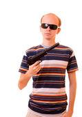Silah izole genç adamla — Stok fotoğraf