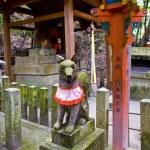 Fox statue in Japanese shrine — Stock Photo