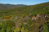 Villaggio in collina — Foto Stock
