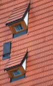 屋顶和屋顶窗 — 图库照片