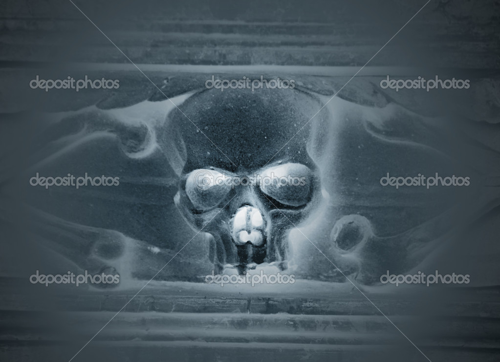 Scary staring skull  Blue tint in monochrome — Stock Photo #6808844