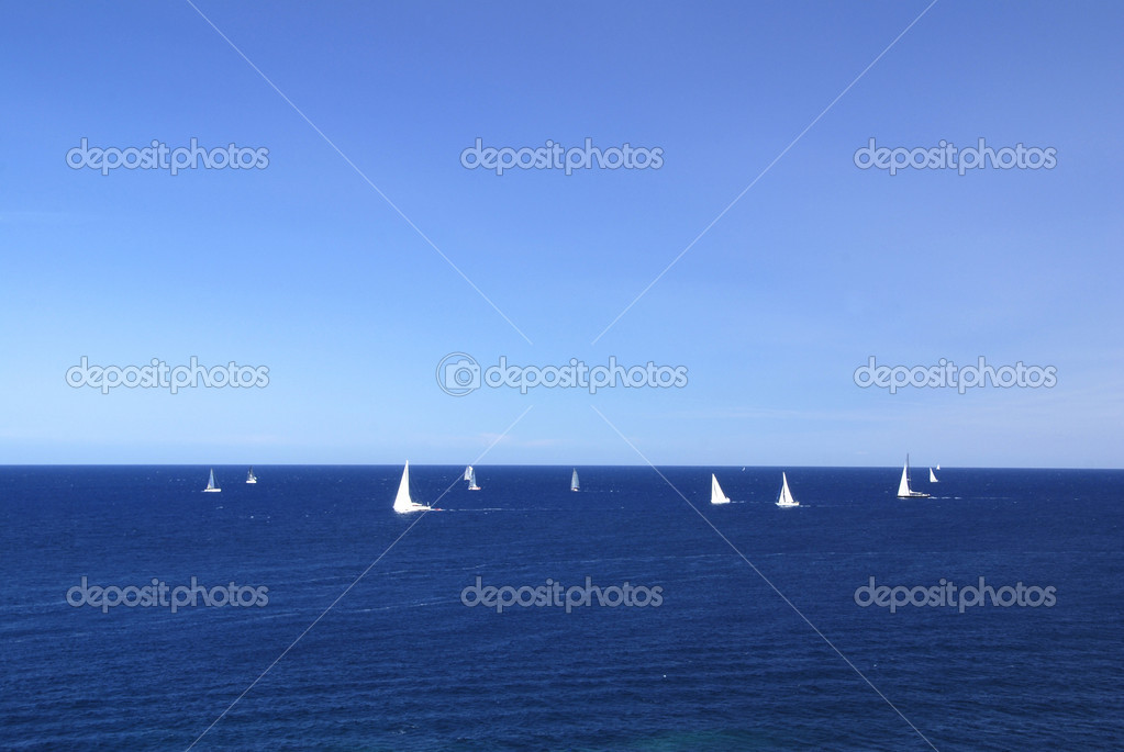 Regata sailing competitin. Yachts racing on the blue sea — Stock Photo #6809175