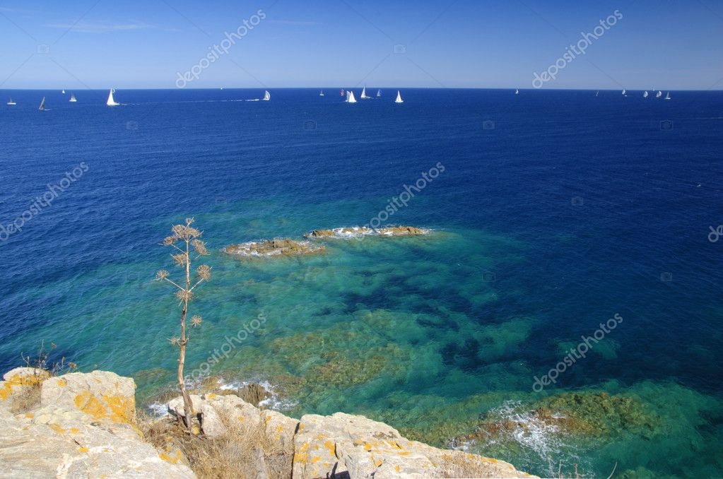 Regata sailing competitin. Yachts racing on the blue sea — Foto Stock #6809178