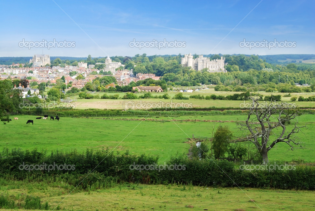 Beautiful historical town of Arundel in West Sussex, Great  Britain — Stock Photo #6810619