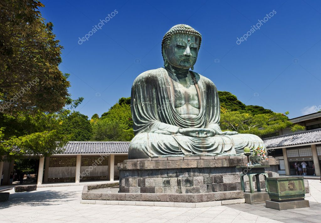 Famous Great Buddha bronze statue in Kamakura, Kotokuin Temple.   Stock Photo #6812165