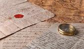 Kompass und der karte — Stockfoto