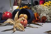 Hala sonbahar ve Kırmızı elma — Stok fotoğraf