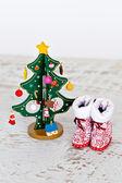 Christmas tree and Santa's boots — Stockfoto