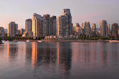 Vancouver bc nábřeží byty — Stock fotografie
