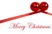 赤のボールとのクリスマスの装飾 — ストック写真