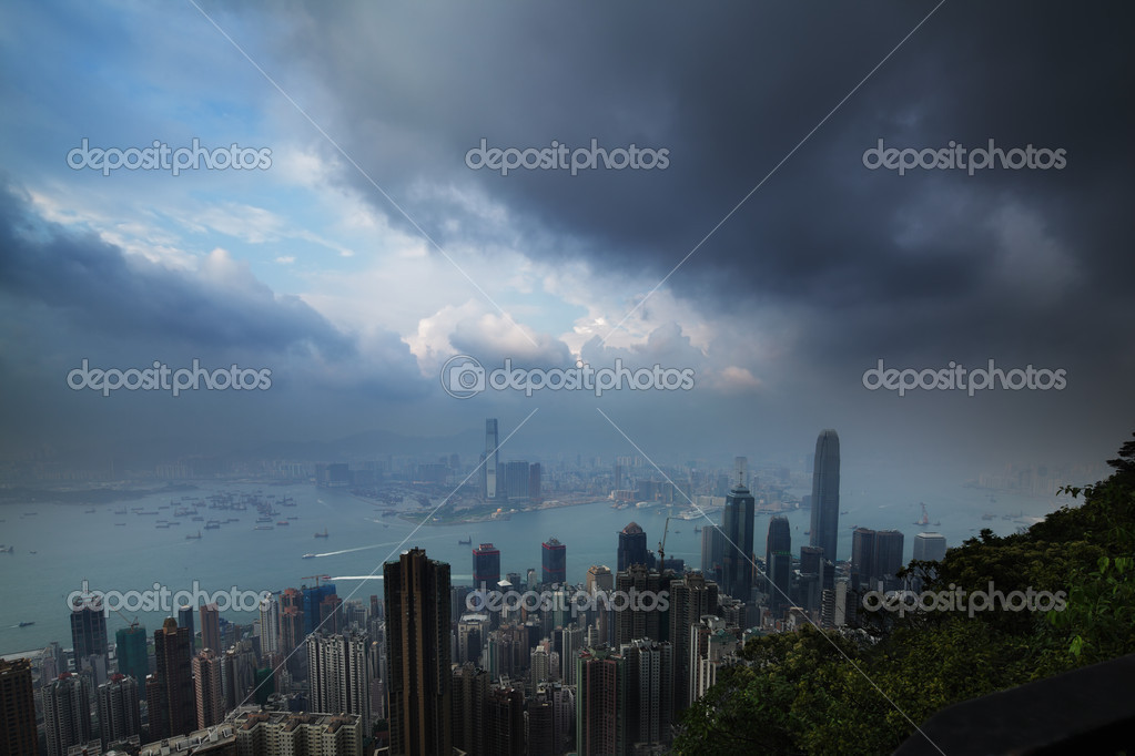 Mountain view of Victoria harbour Hong Kong — Stock Photo #6848133