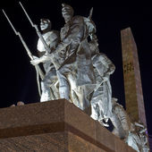 Monument to the Heroic Defenders of Leningrad — Stock Photo
