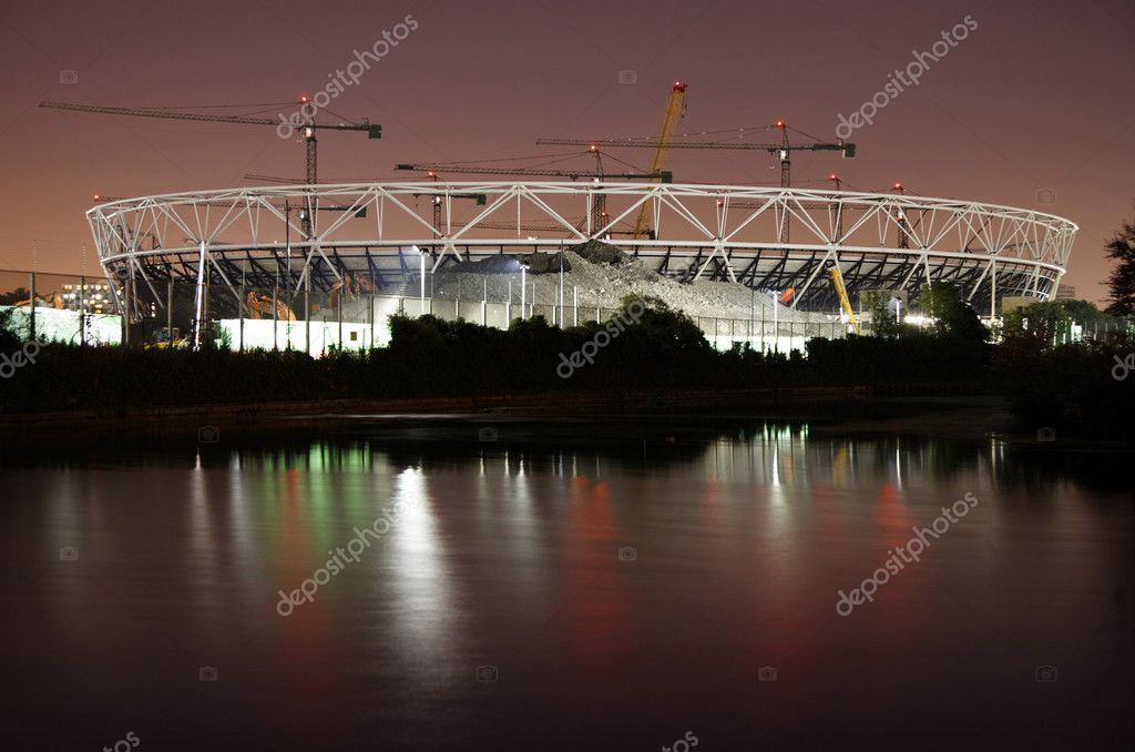 The London Olympic Stadium Construction site at night. Stratford, East London. — Stock Photo #6830717
