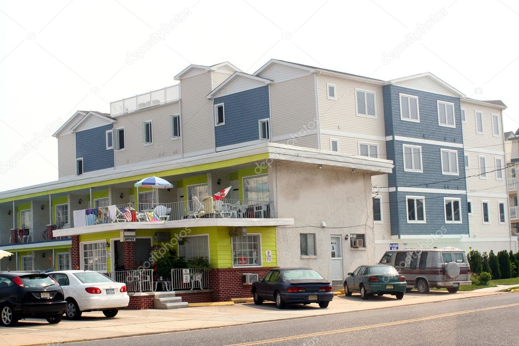 New construction condominiums juxtaposed with the older motel buildings in a New Jersey shore town. — Stock Photo #6848450