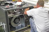 AC Repair Man — Stock Photo