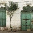 Doorway in massawa eritrea ottoman influence — Stock Photo