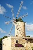 Stone windmill on gozo island in malta — Stock Photo