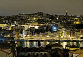 Porto riverside by night in portugal — Stock Photo