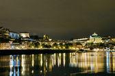 在葡萄牙波尔图滨江之夜 — 图库照片