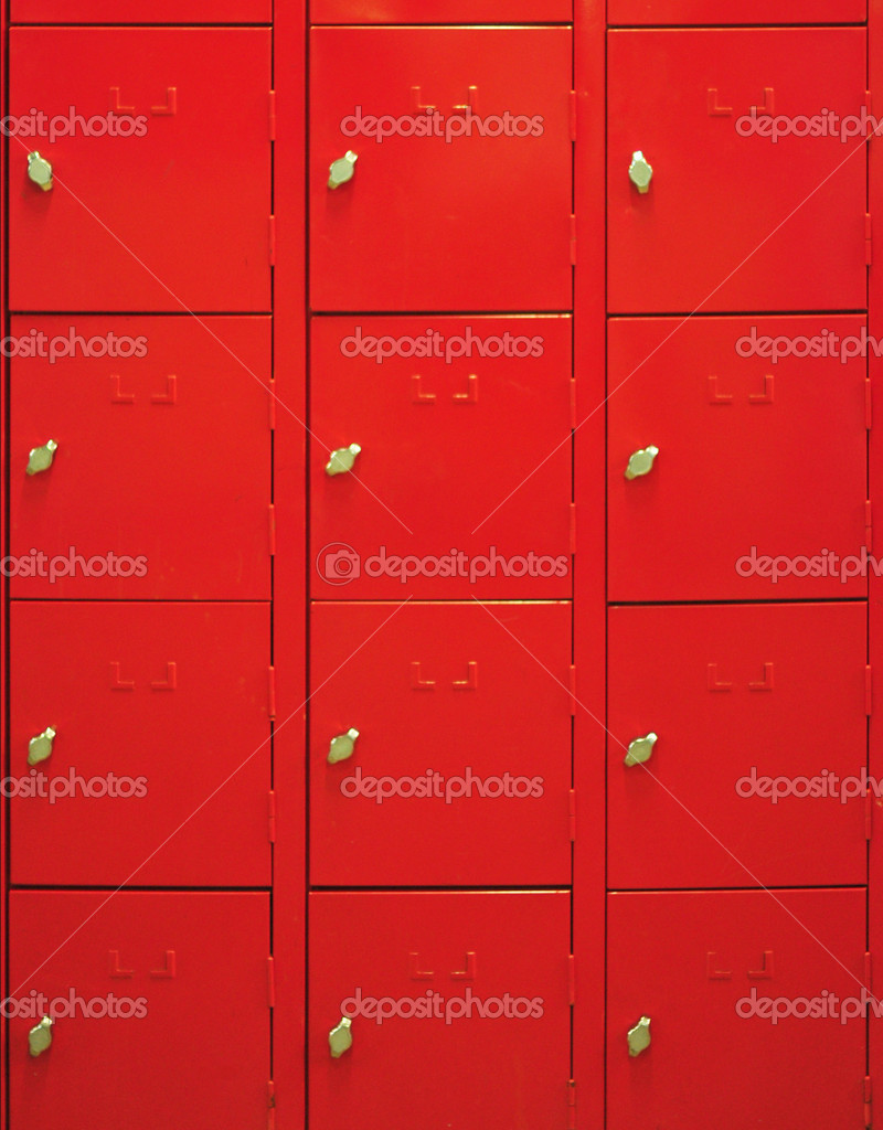 Lockers cabinets in a locker room at school or museum or station — Stock Photo #6867212