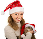 Beautiful mrs. Santa with lovely kitten — Foto de Stock